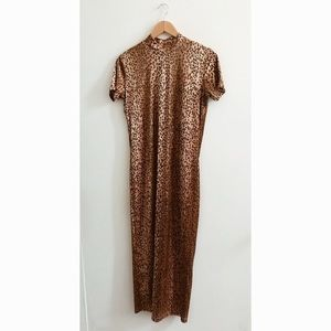 The 90s Leopard Maxi Dress